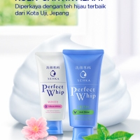 SENKA Perfect Whip Anti Shine, Vibrant White, Face Wash for Luster-Free Face and Brighter Skin
