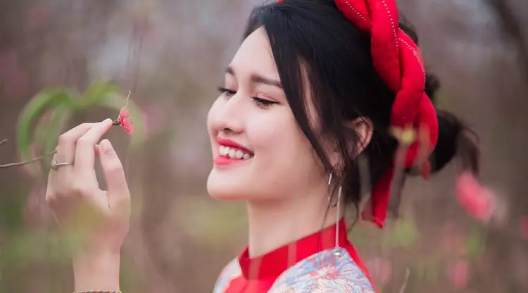 4 colors that will bring luck in 2019 beauty lifestyle - Good luck colors for 2019 ...